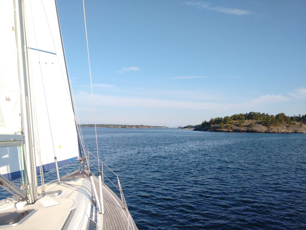 Sailing the Stockholm archipelago
